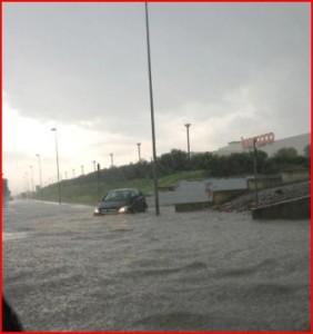 Nell'immagine uno dei recenti allegamenti avvenuti nella zona ASI di Molfetta dopo abbondanti precipitazioni